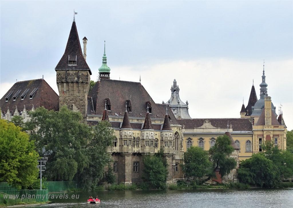 Budapeszt - top 5 atrakcji. Zamek Vajdahunyad