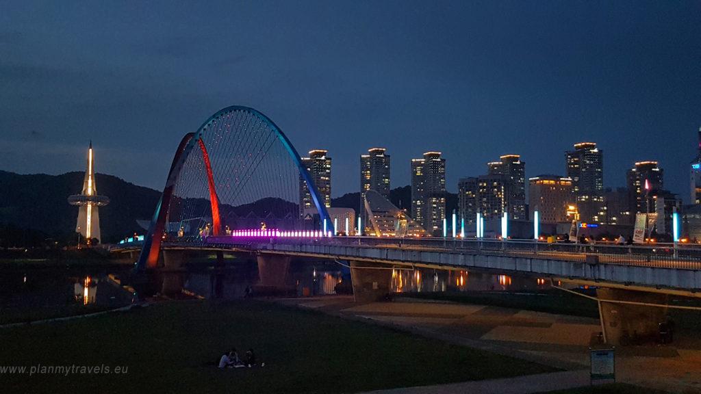 Korea Południowa -autorski plan podróży Daejeon Expo Bridge