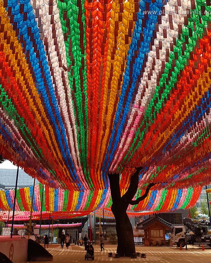 Korea Południowa -autorski plan podróży Seul świątynia Jogyesa festiwal latarni