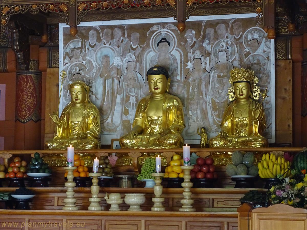 Urodziny Buddy, świątynia Donghaksa w Daejeon