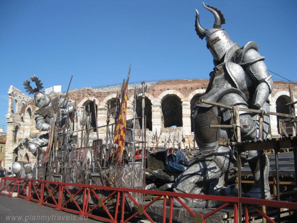 Włochy, Werona, Arena, Rzymski Amfiteatr, zwiedzanie Werony, wycieczka po Weronie, miejsca warte odwiedzenia w Weronie, przewodnik po Weronie
