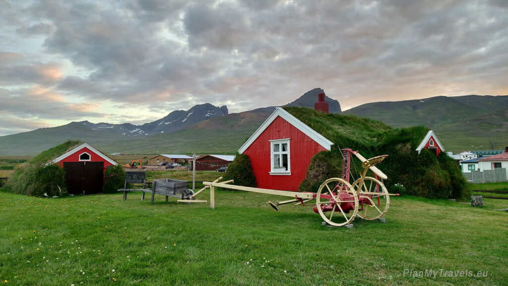 Iceland - tailor-made travel plan, PlanMyTravels.eu, Lindarbakki Turf House