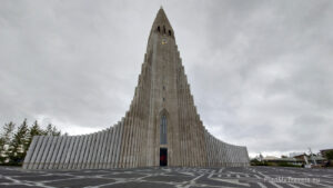 Iceland tailor-made travel plan, PlanMyTravels.eu, Reykjavik Hallgrimskirkja