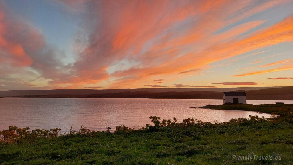 Islandia, jezioro Lagarfljot w Egilsstadir, PlanMyTravels.eu, Islandia autorski plan podróży